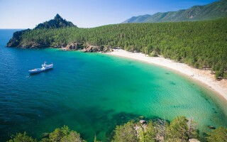 Где отдохнуть летом на море в России?