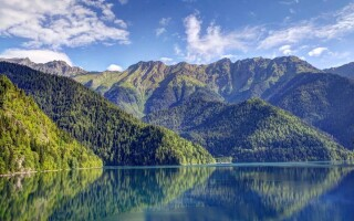 Где лучше отдыхать в Абхазии?